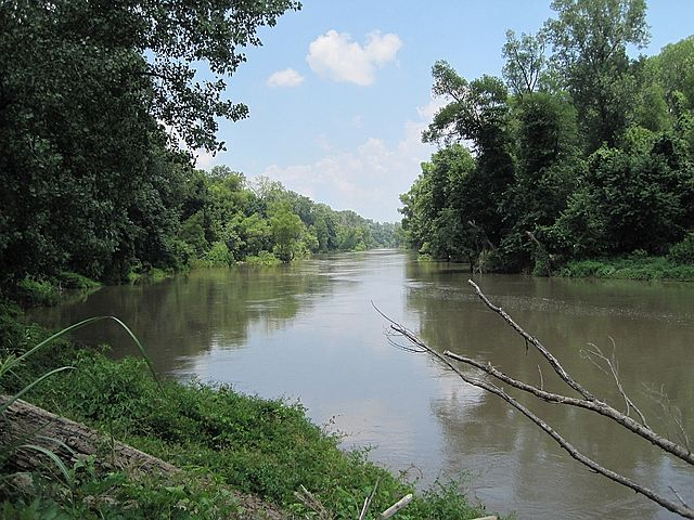 View along the former riverbed at the Tennessee/Arkansas state line near Reverie, Tennessee (2007)
